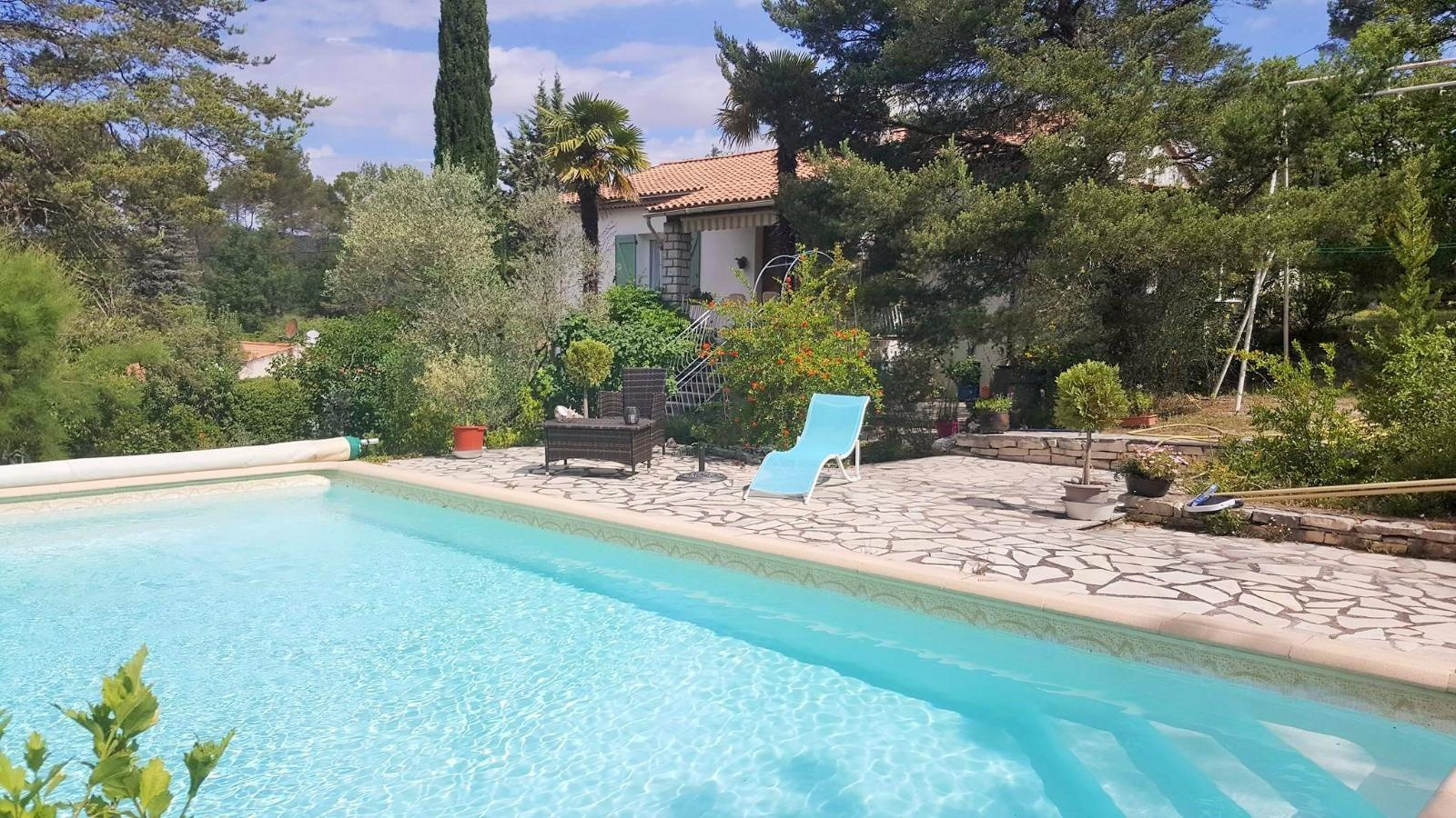 Location de vacances Villa Pierrevert 04860