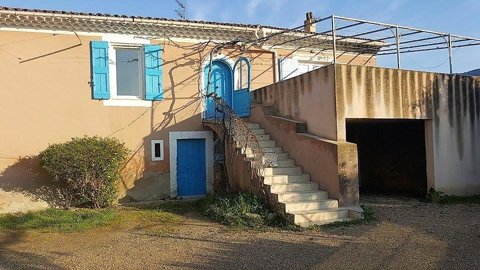 Offres de location Maison Cabrieres d aigues 84240